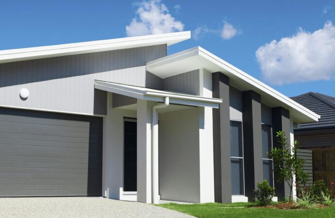 Sugar Land-Pearland TX Professional Painting Contractors-We offer Residential & Commercial Painting, Interior Painting, Exterior Painting, Primer Painting, Industrial Painting, Professional Painters, Institutional Painters, and more.